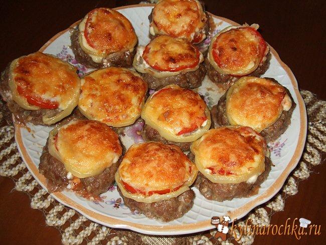 Котлеты из фарша с грибами и сыром в духовке рецепт