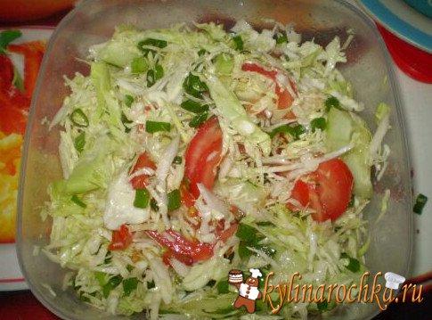 Салат из свежей капусты и рецепт