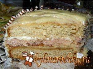 Ягодные пирожные со сметанным кремом